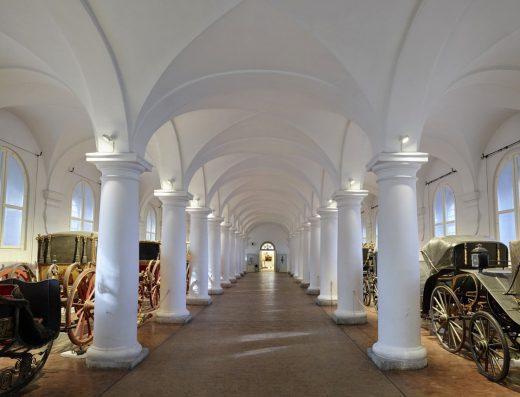 Marstallmusem-musuem-riding-coaches-horses-munich-münchen-city-tour-card